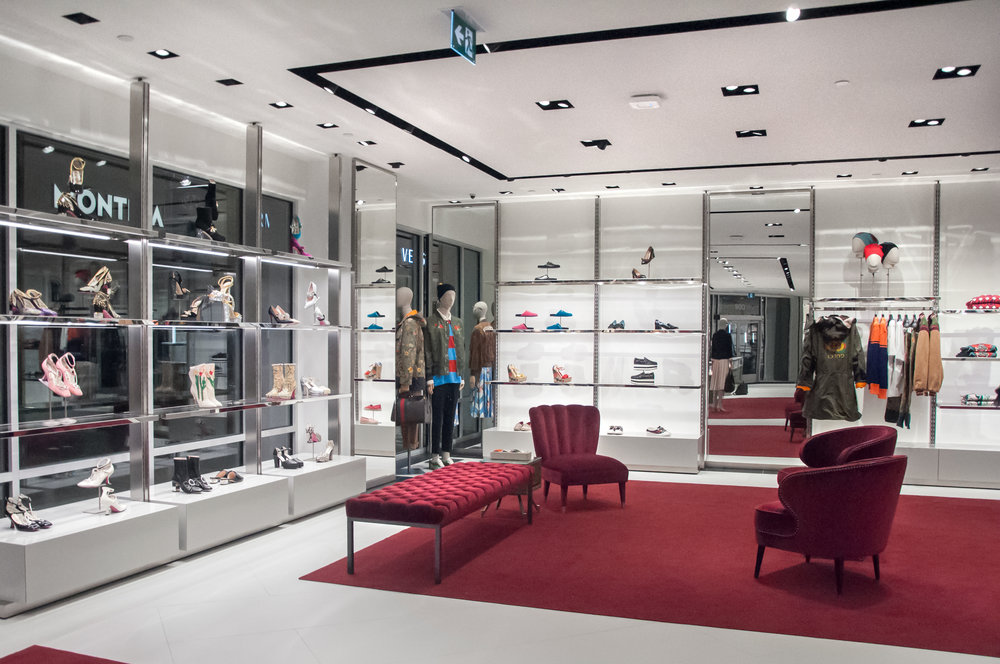 Inside the Gucci outlet store at Toronto Premium Outlets. Photo: Retail specialist    Amachris Corporation