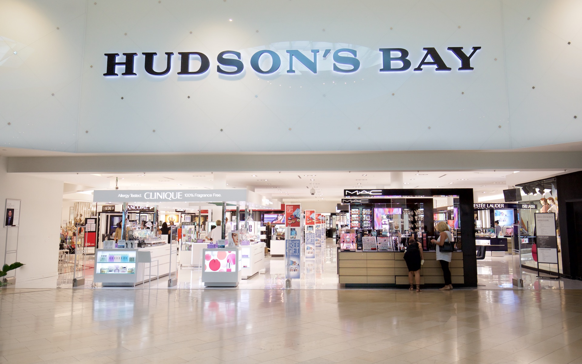 HUDSON'S BAY SQUARE ONE SHOPPING CENTRE PHOTO: SQUARE ONE SHOPPING CENTRE