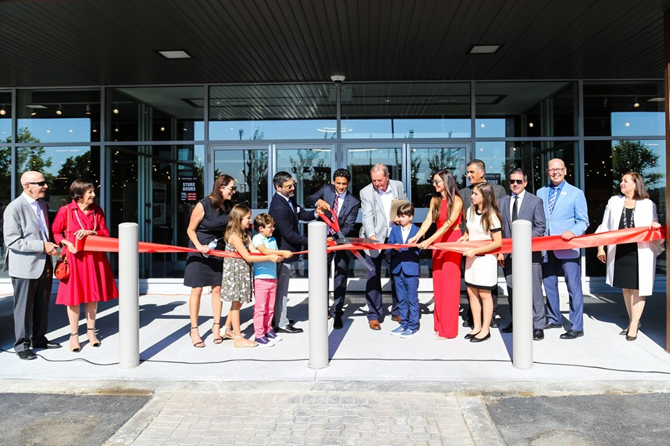 RIBBON-CUTTING AT THE ANCASTER MEADOWLANDS LOCATION PHOTO: TEPPERMAN'S VIA FACEBOOK
