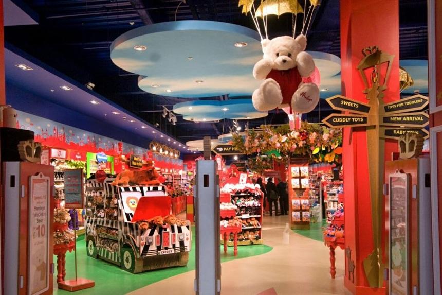 картинки двухэтажного магазина игрушек фото в англии таких целей есть