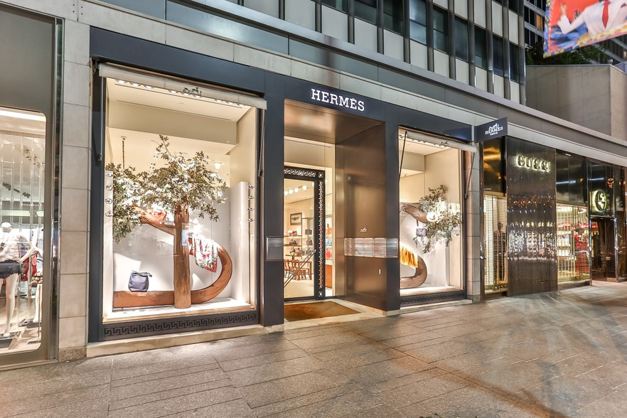 St. John will move into a retail space at 130 Bloor St. w. in Toronto that was once occupied by Hermes and most recently a Peloton pop-up shop. Image: CityFeet