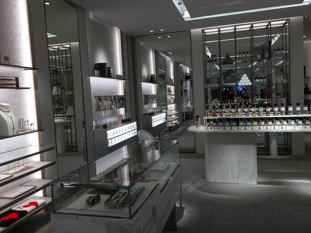 Main floor fragrance area. Photo: Retail Insider