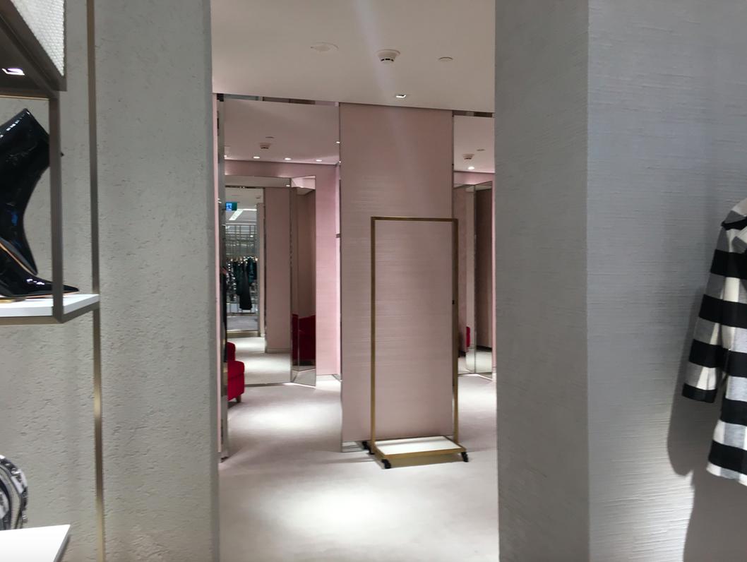 Women's dressing room area