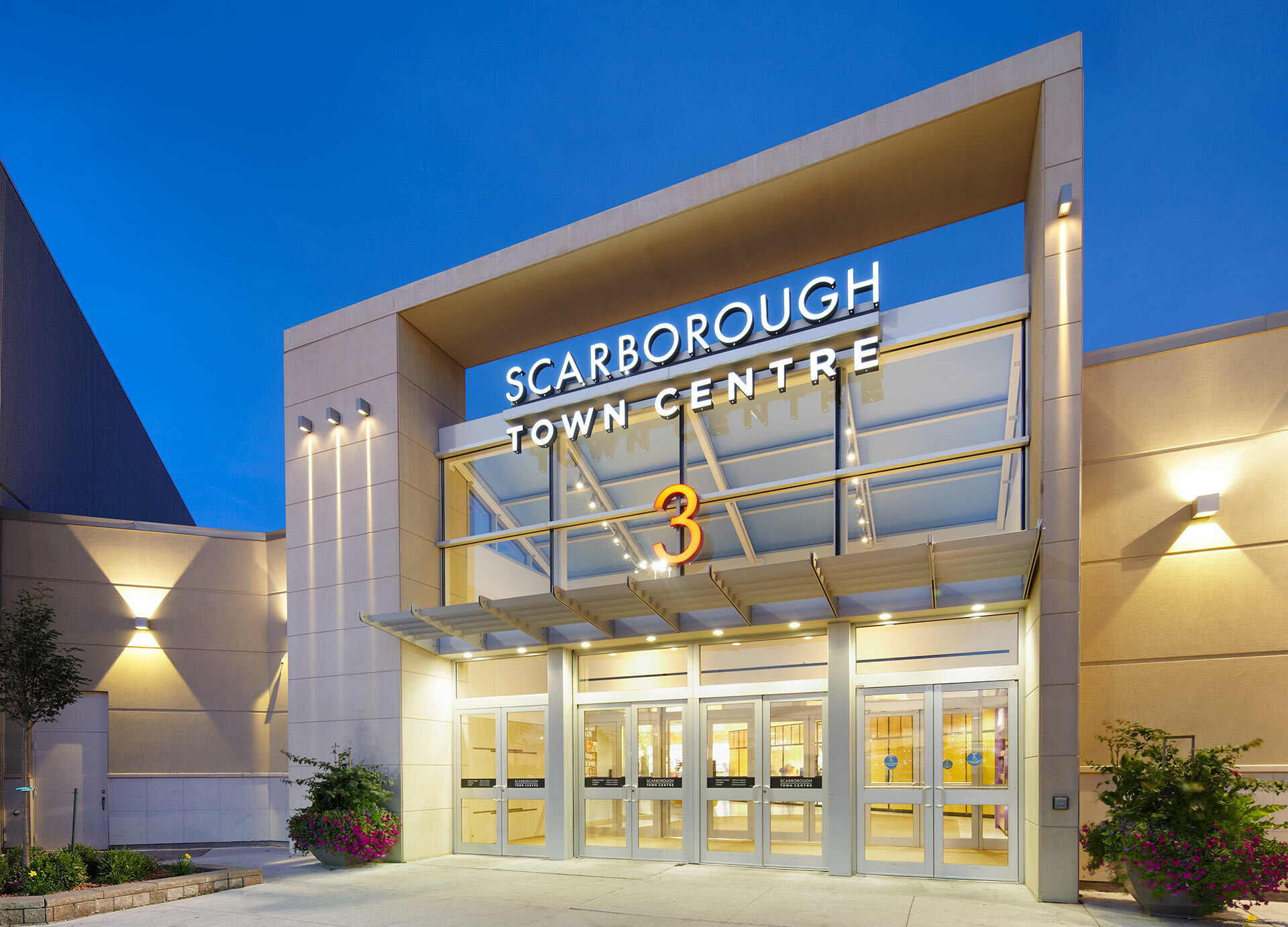 SCARBOROUGH TOWN CENTRE