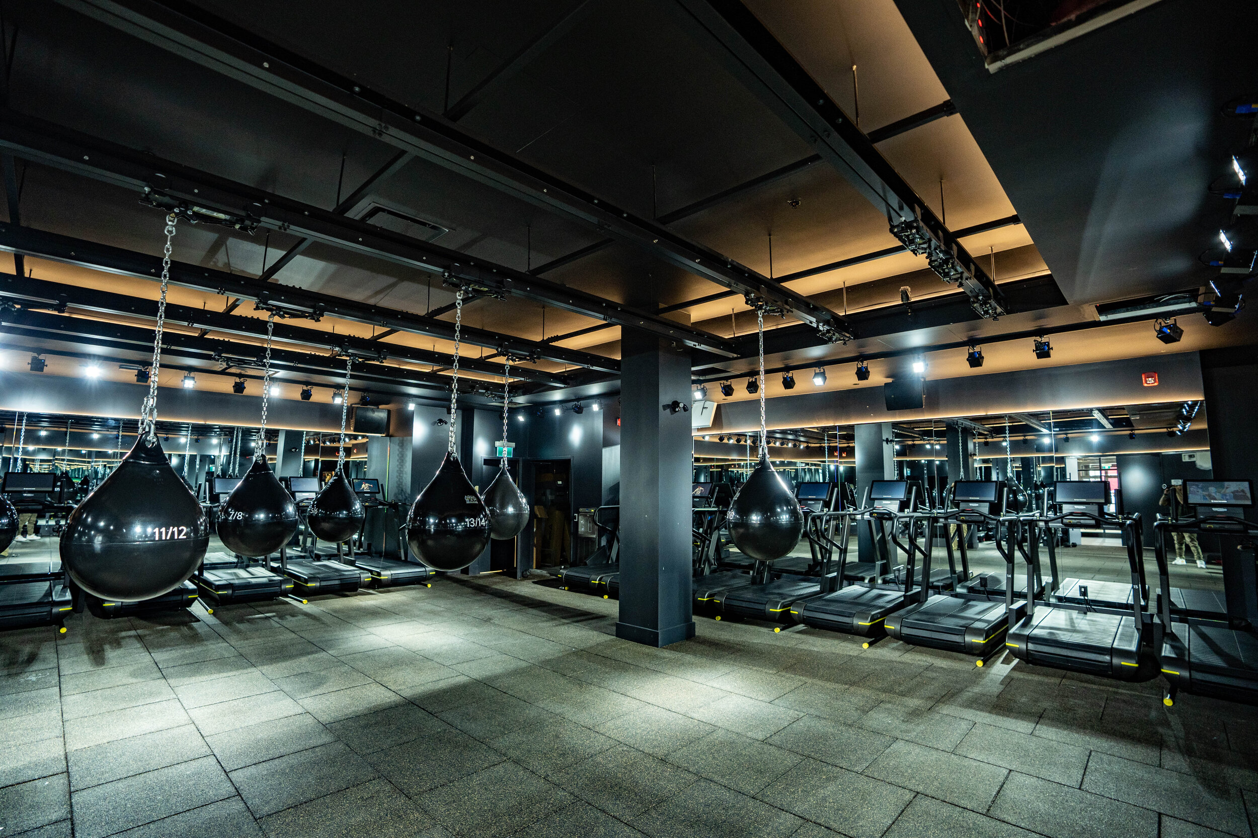 hiit studio. photo: sweat & tonic