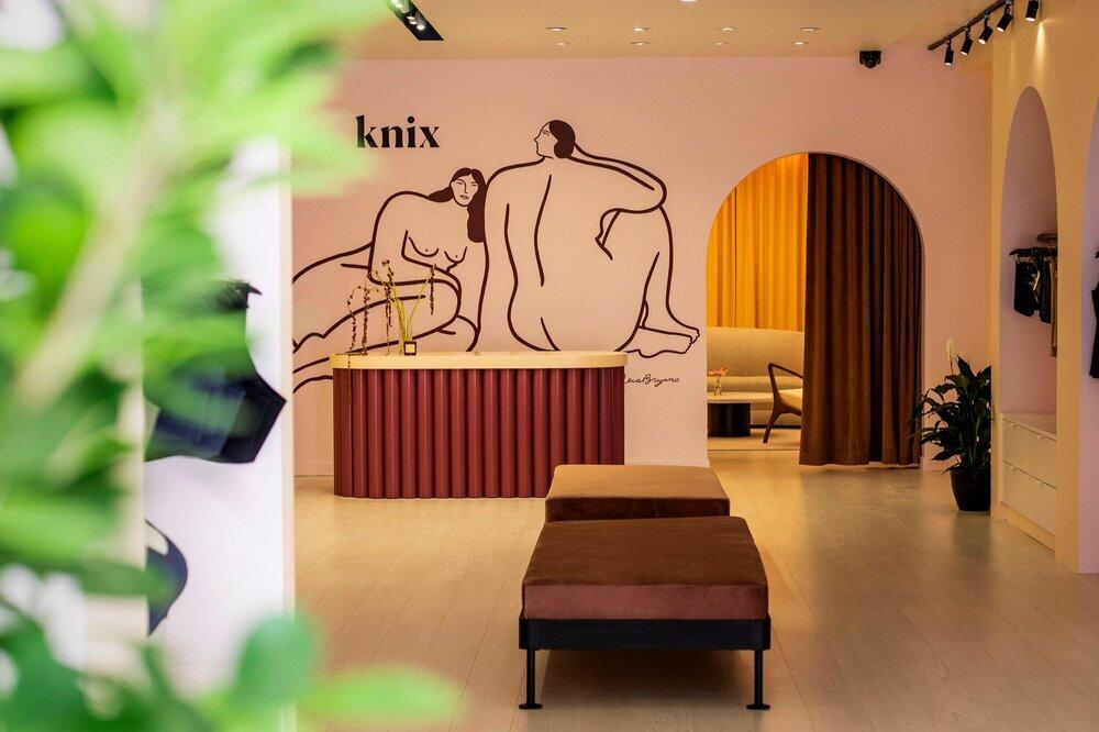photo: knix