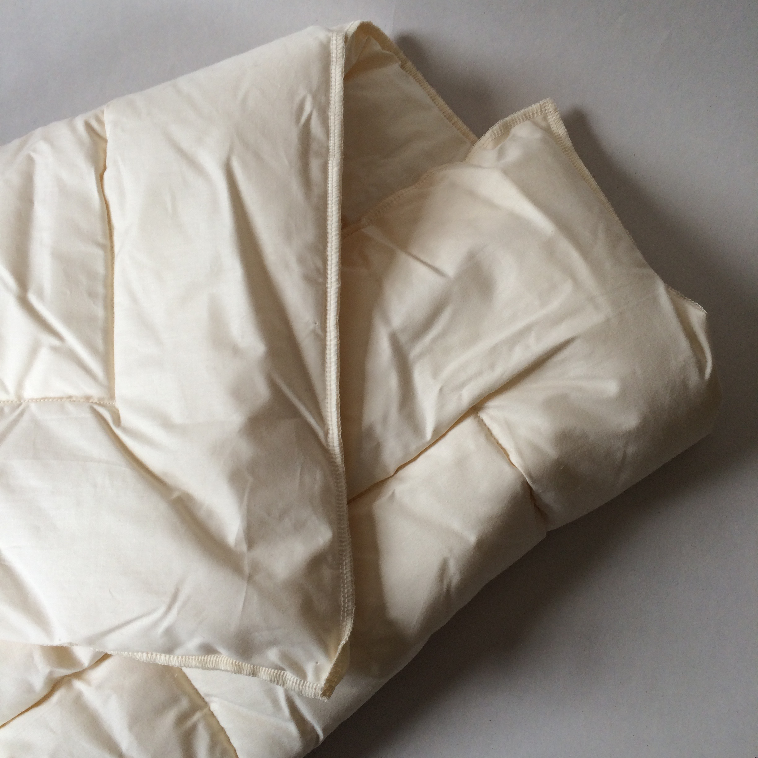 Cozy wool duvets made with our sheeps' wool.