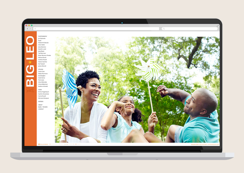 Macbook-Flat-Mockup5.jpg