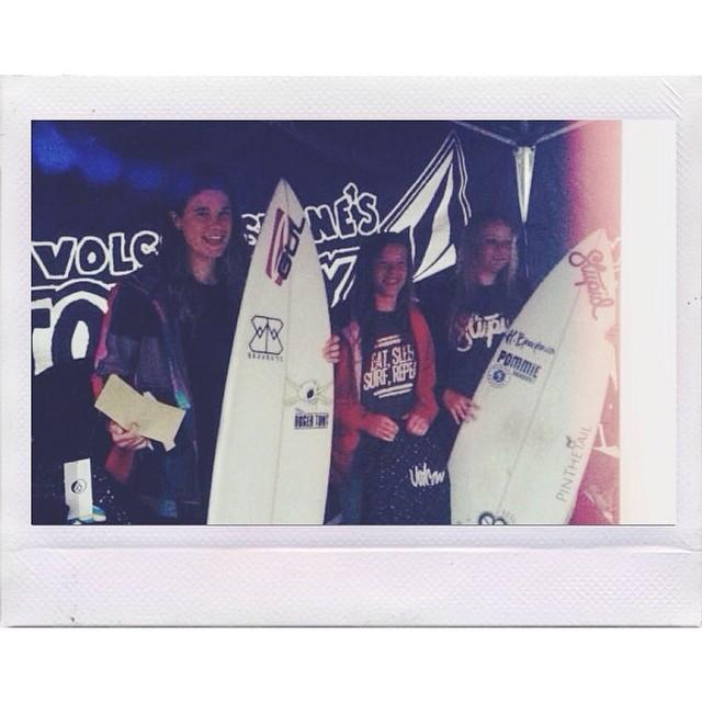 Emily Currie surf volcom