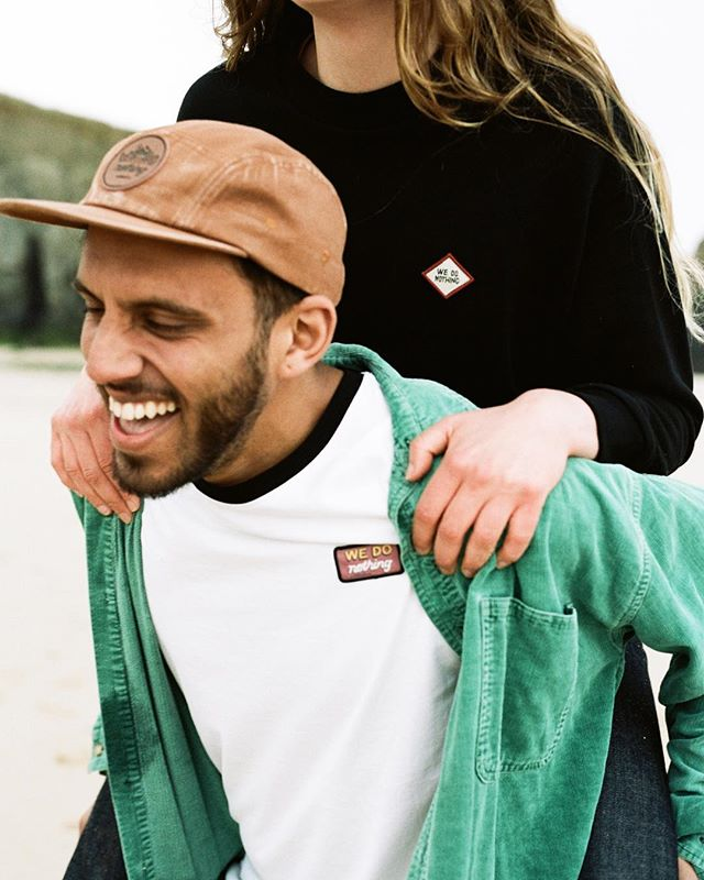 It's easy to get carried away with a piggy back ride 🐷🤭⁣ .⁣ 📷 @madds_araceli⁣ + @pathadventure 👫 @erinwainwright + @kaasam_aziz⁣ .⁣ #organiccotton #ethicalclothing #adventureclothing #wedonothing⁣ #madetolast #shoplocal  #enjoyeverything #jointheconsciousshift ⁣ #sustainableliving #eco #sustainability⁣ #shopsmall #sustainableshopping #wedoorganic