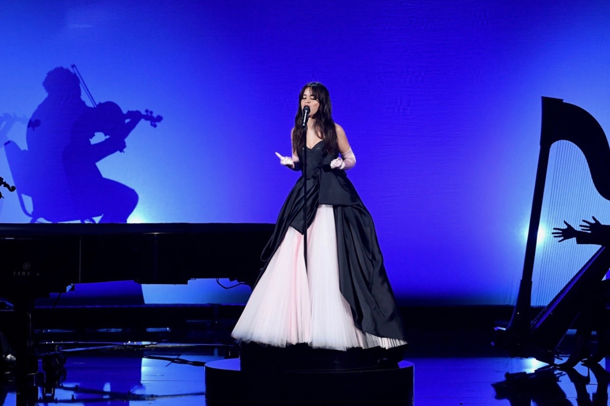 CAMILA CABELLO . AMERICAN MUSIC AWARDS