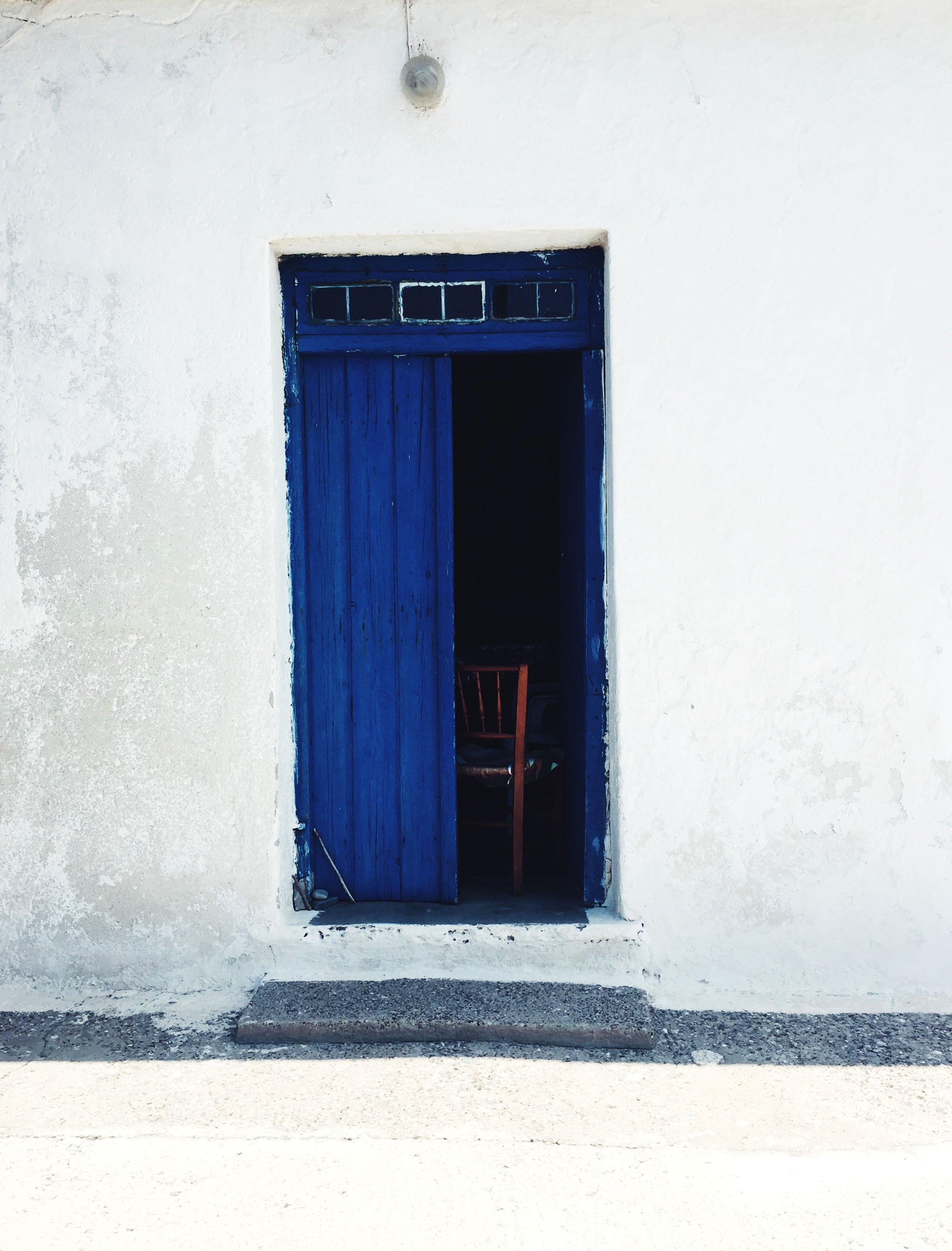 bluedoor_ameliagoss.jpg