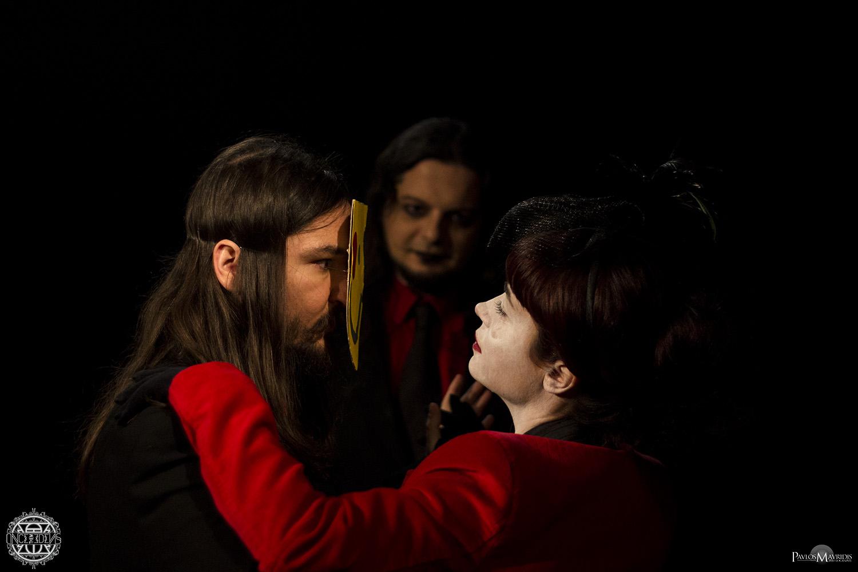 He Who Spits The Finest Wine_backstage #09_COM.jpg