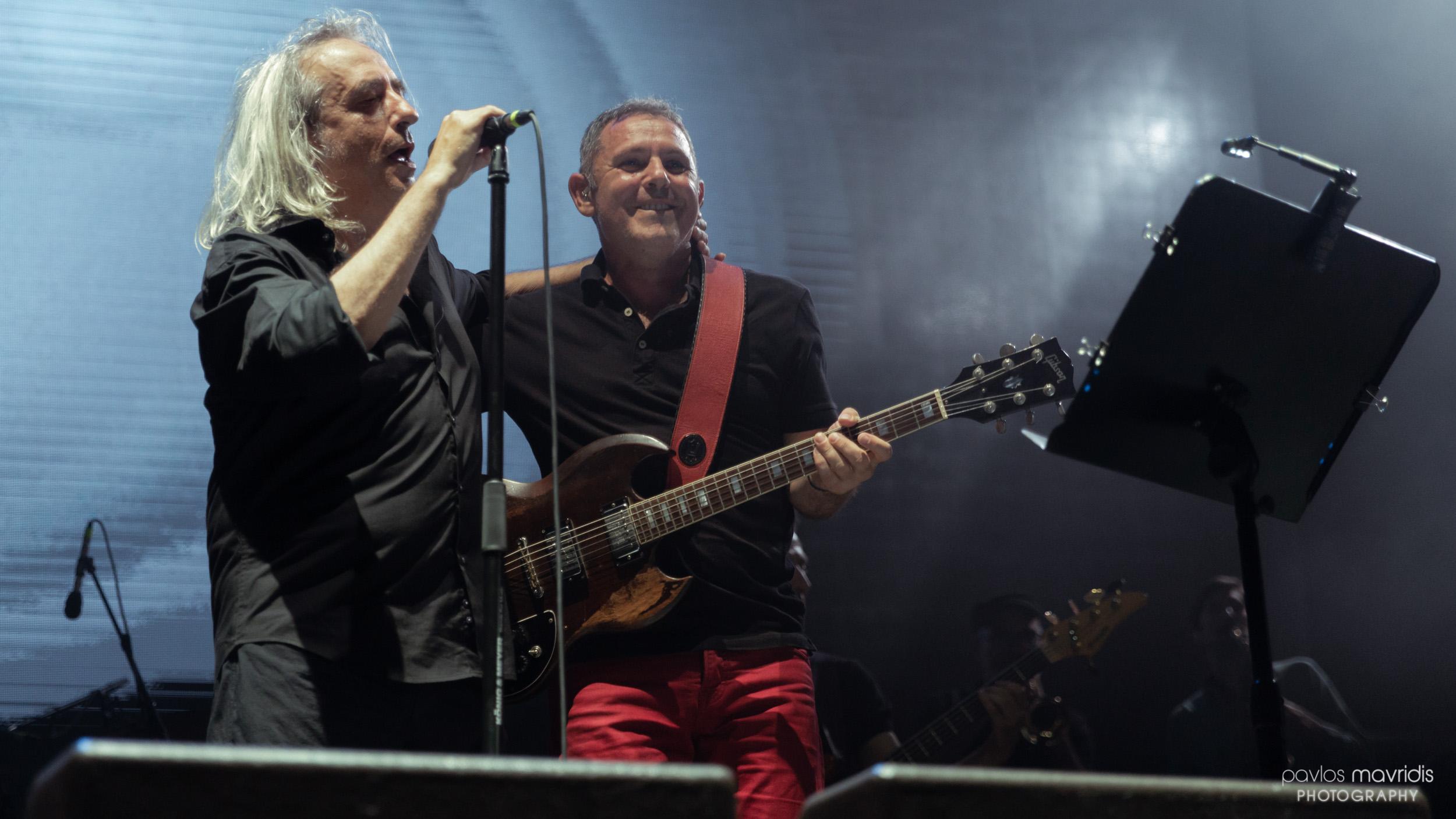 """Γιάννης Αγγελάκας + Παύλος Παυλίδης """"Από Γιορτή Σε Γιορτή"""""""