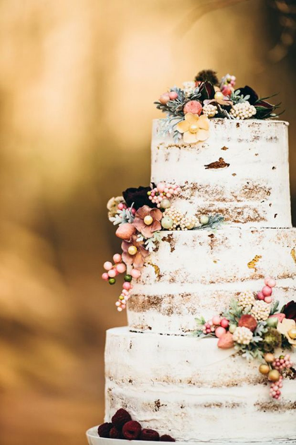 This naked wedding cake is perfect for a relaxed summer wedding.