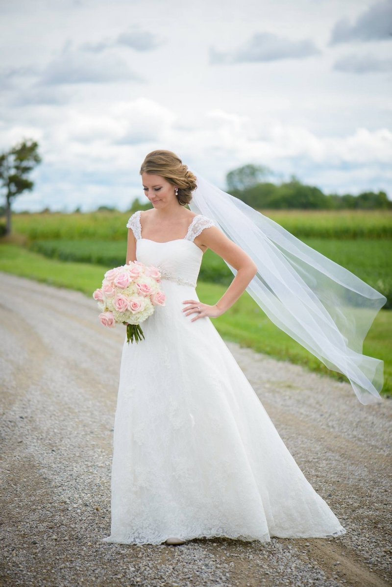 Real bride of OUTW Julie - Sandra Raiger Photography!
