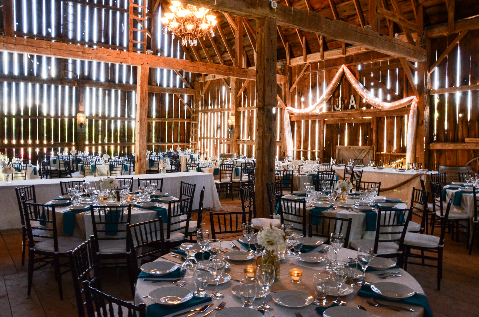 Vendor Interview With Willow Creek Barn Events Bridal Shop