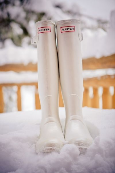 Find these Hunter boots  here .