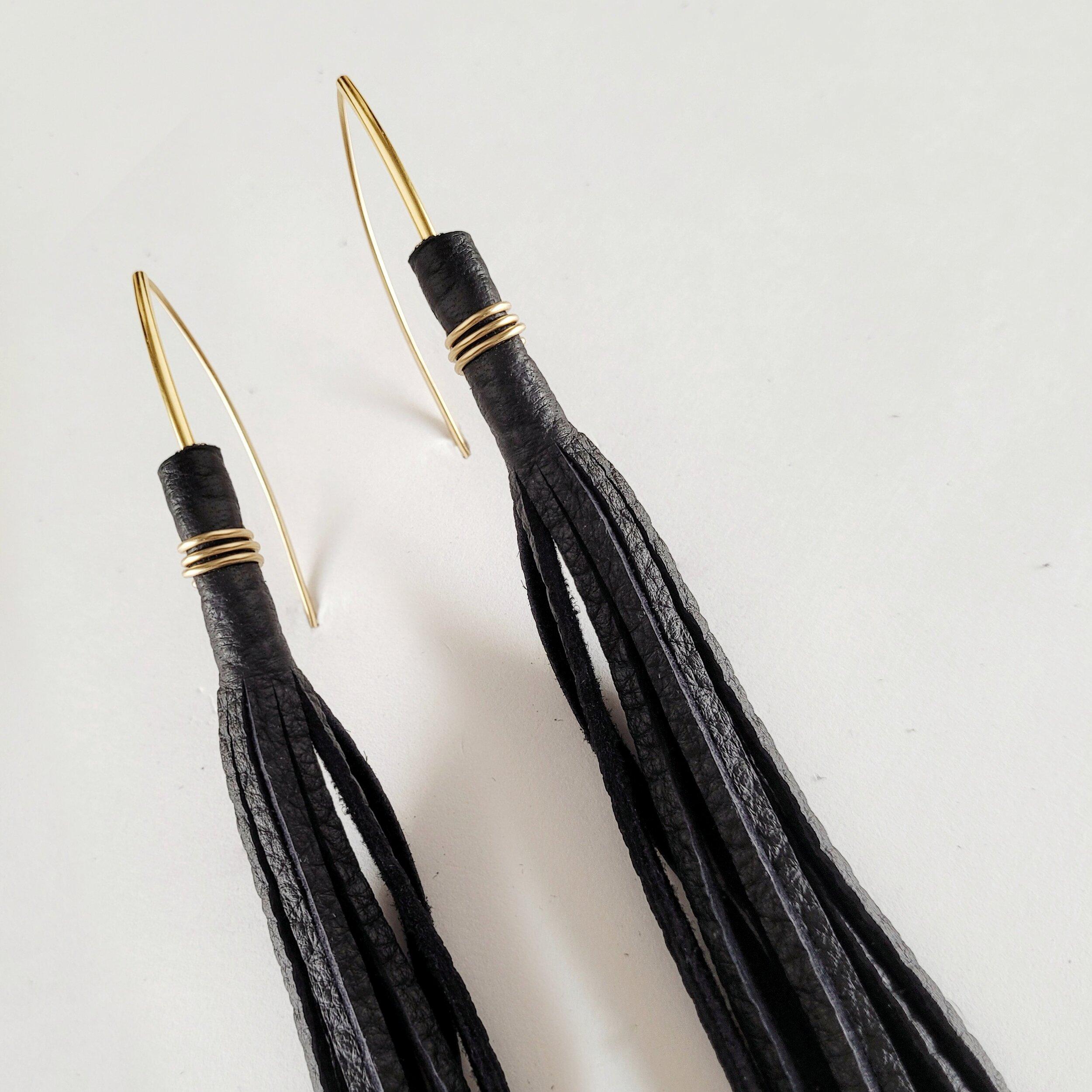 Sway tassel earrings
