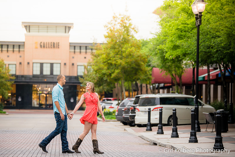 Engagement Session at Sugar Land Town Square, Sugar Land Wedding Photographer, Sugar Land Engagement Photographer.jpg
