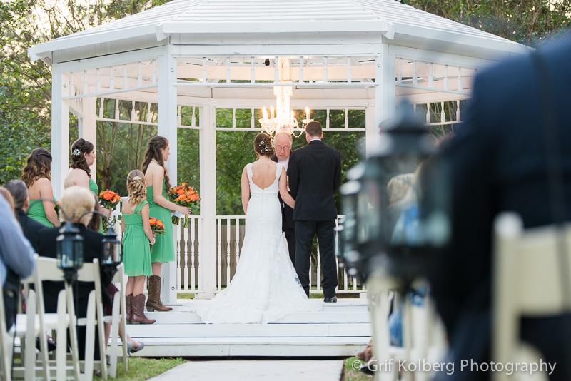 Outdoor Wedding Ceremony at Ella's Garden, Tomball, TX