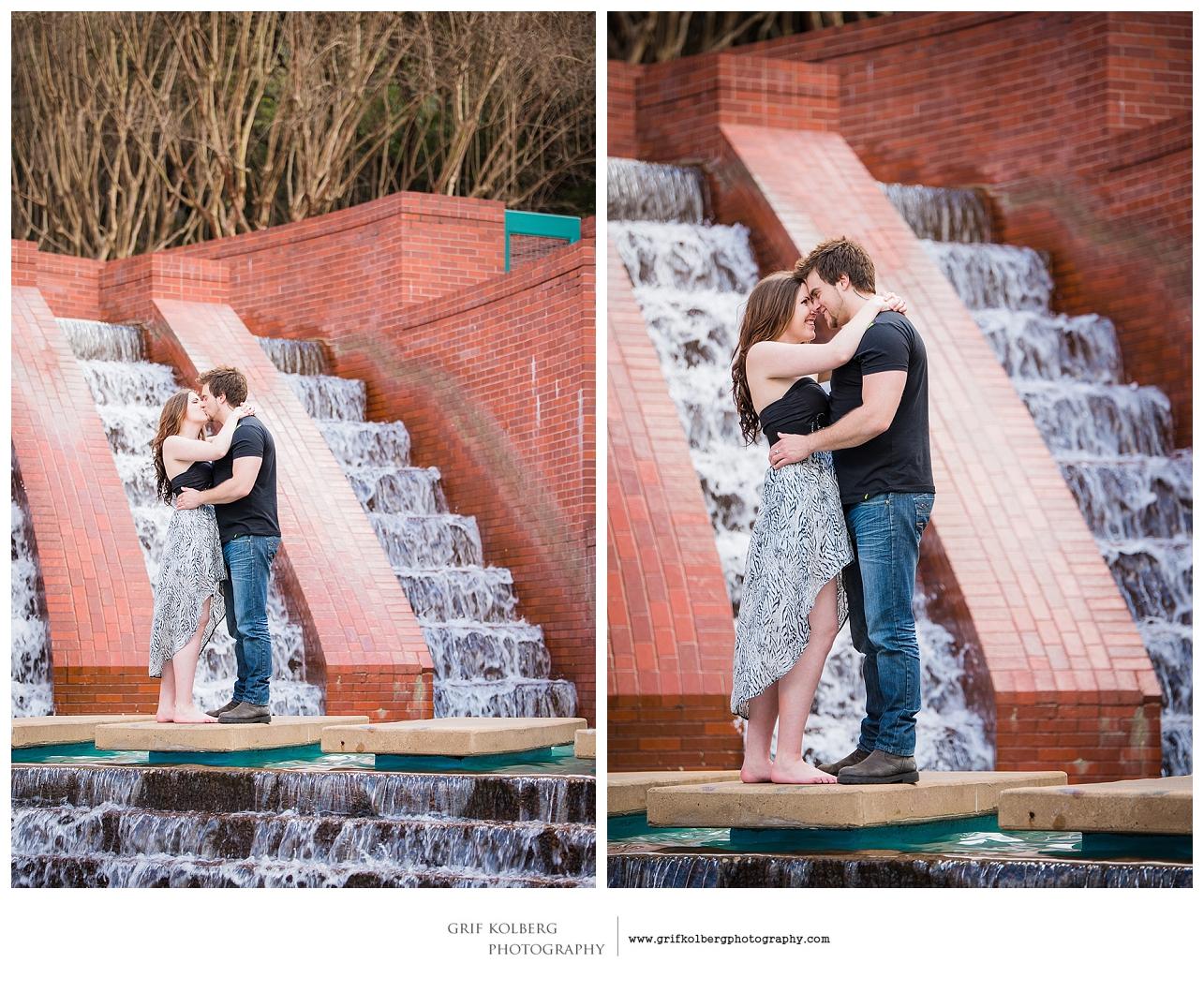Houston Engagement Photographer - Buffalo Bayou Engagement Session