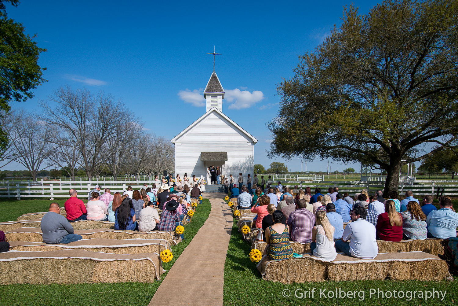 Beautiful-George-Ranch-Wedding