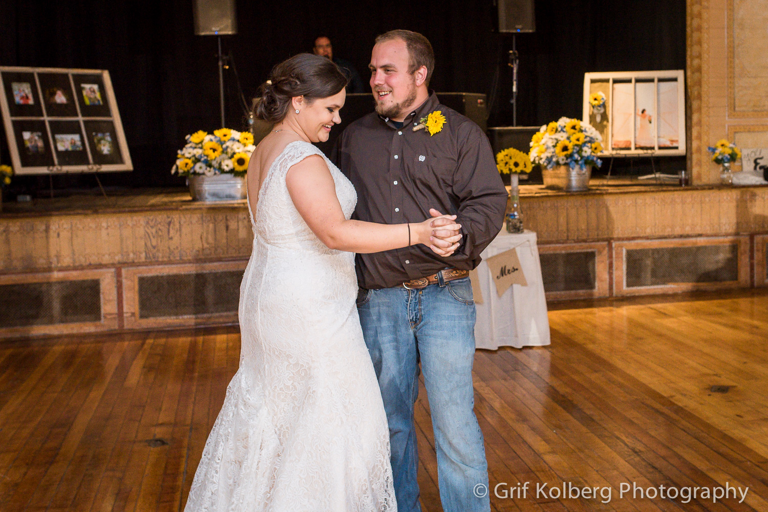 first-dance-at-george-ranch-wedding