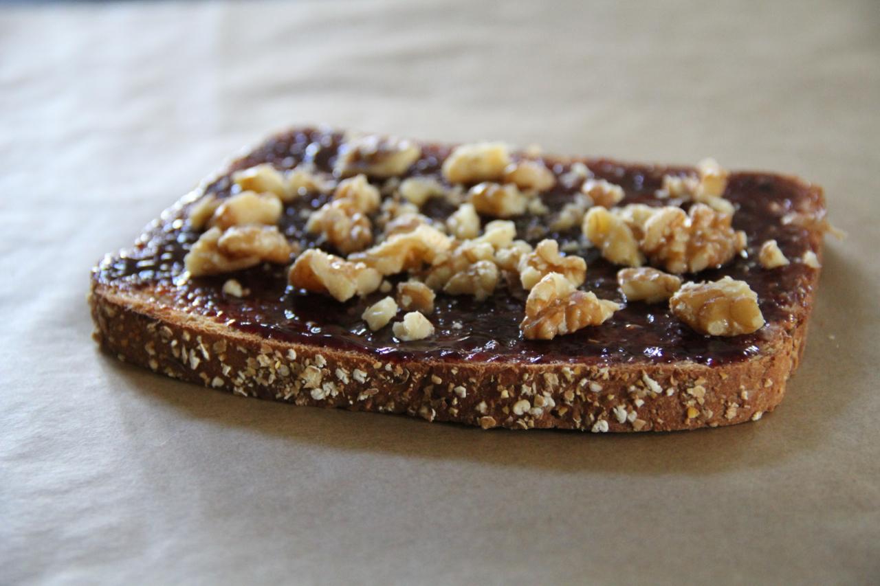 toast-blackberry-walnut-asimplerdesign