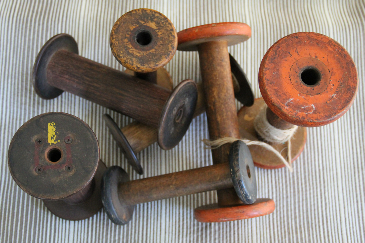 vintage-woodenspools-collection-asimplerdesign