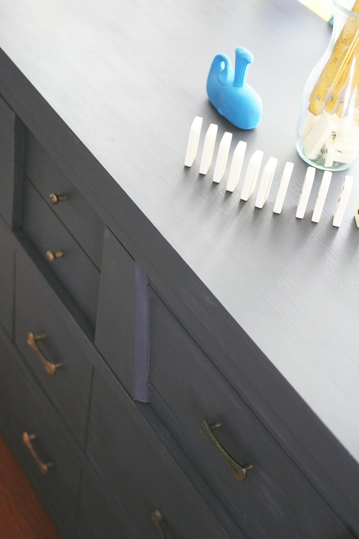 jotorrijos-asimplerdesign-graphite-midcentury-dresser-1