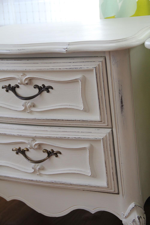a-simpler-design-jo-torrijos-annie-sloan-old-white-nightstands-1.jpg