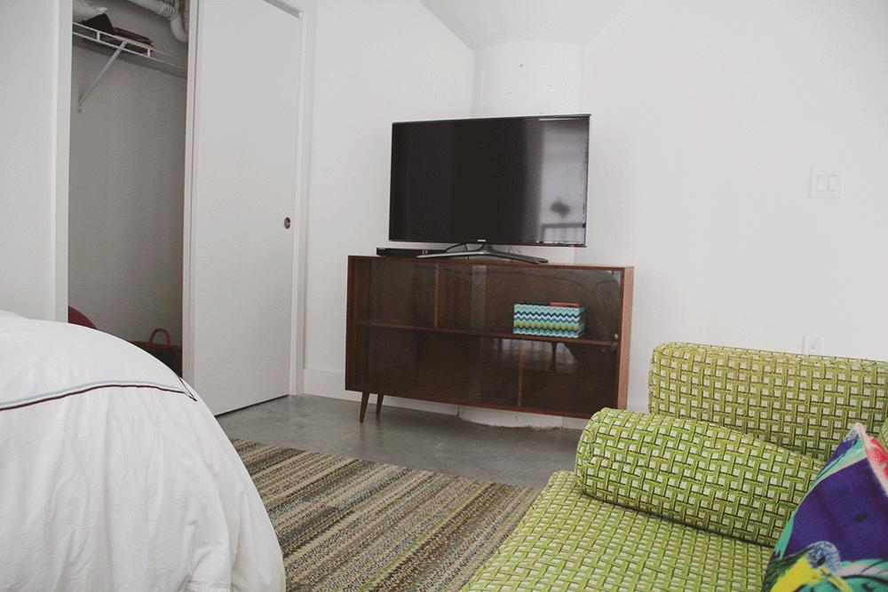 a-simpler-design-jo-torrijos-flats-ponce-city-market-stuido-1.jpg