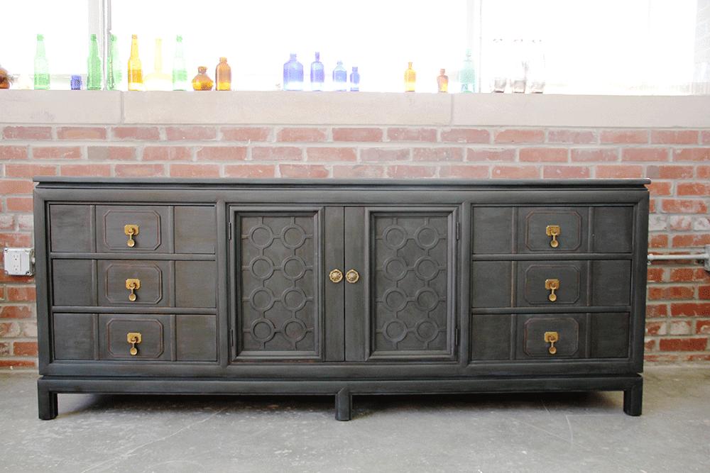 a-simpler-design-jo-torrijos-annie-sloan-graphite-chalk-paint-dresser-1.png