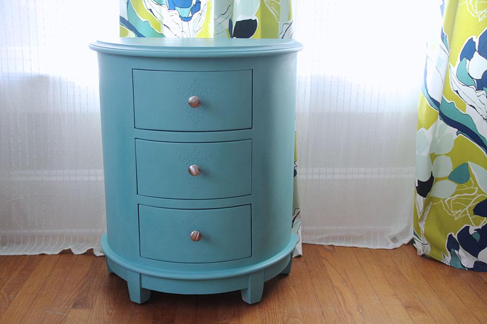 a-simpler-design-jo-torrijos-annie-sloan-turquoise-demilune-5.jpg