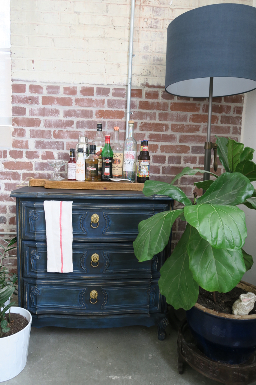 jo-torrijos-a-simpler-design-atlanta-painted-furniture-navy-chalk-paint-dresser-6.jpg