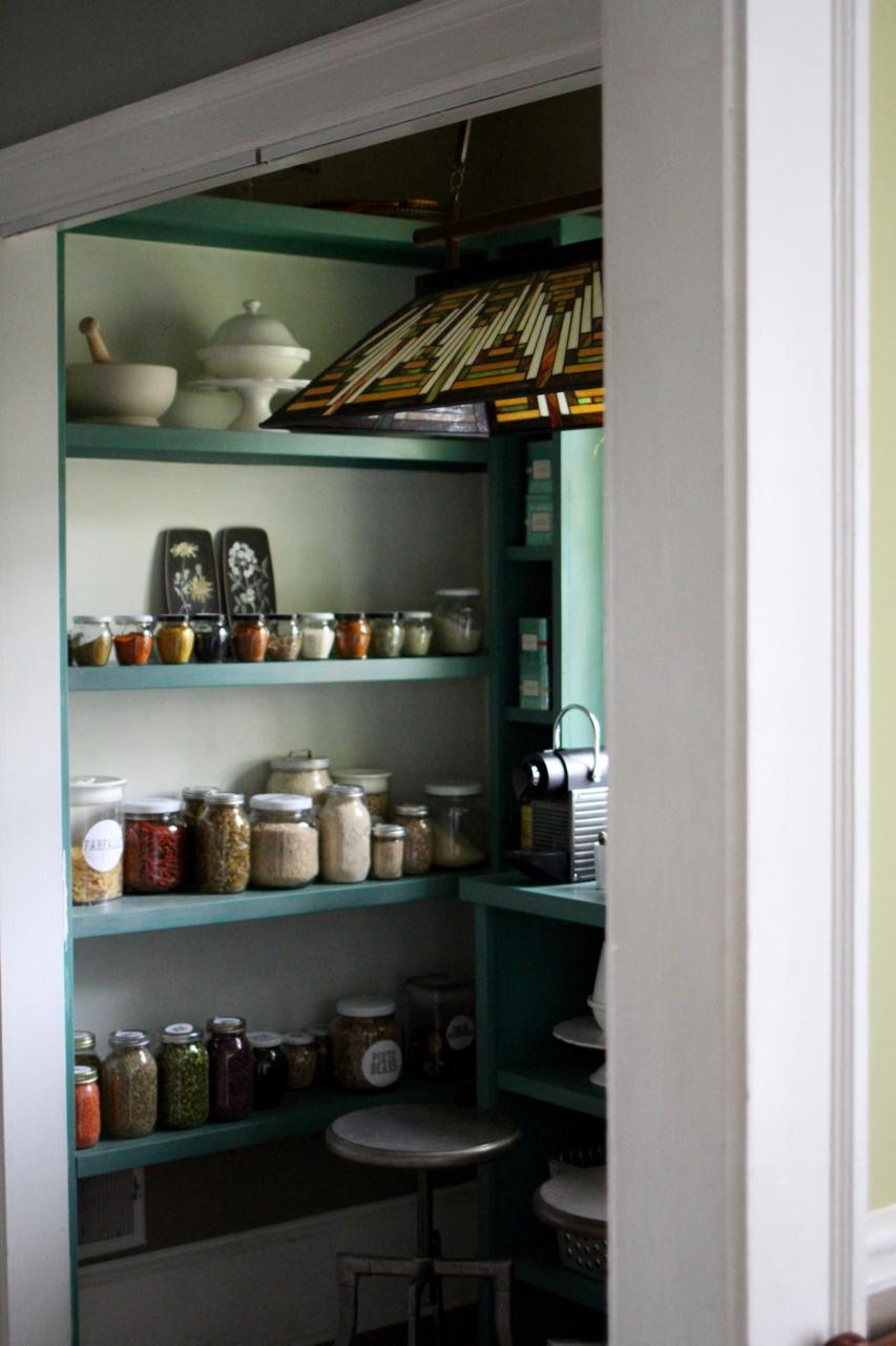 jo-torrijos-a-simpler-design-atlanta-interior-design-pantry-5.jpg