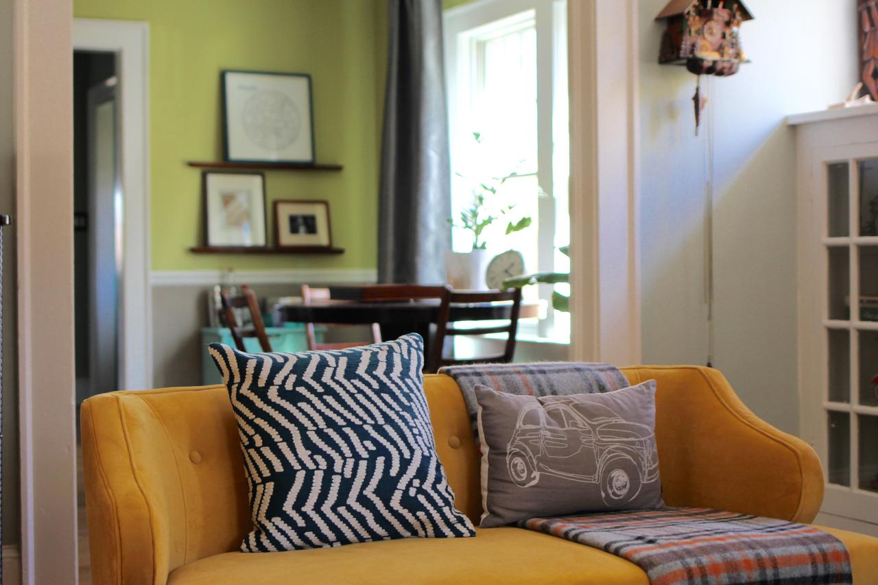 jo-torrijos-a-simpler-design-atlanta-stylist-interior-design-entry-5.jpg
