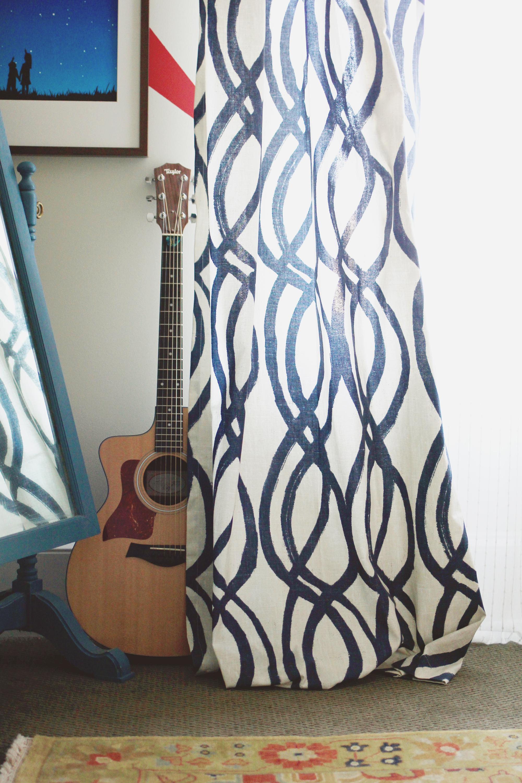 jo-torrijos-a-simpler-design-atlanta-interior-design-ajc-master-bedroom-styled-15.jpg