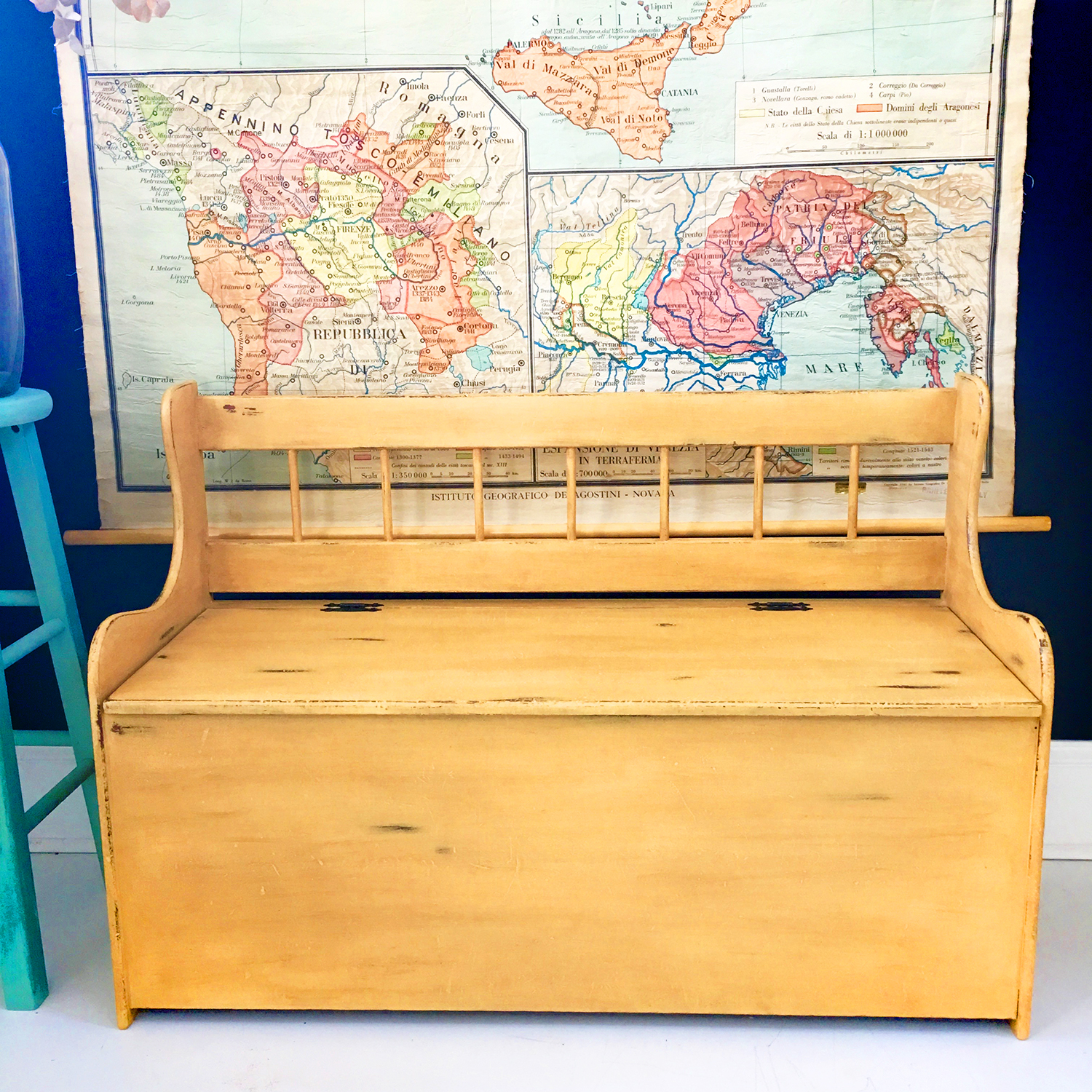 jo-torrijos-a-simpler-design-annie-sloan-chalk-paint-arles-mustard-yellow-storage-bench-painted-furniture-atlanta-6.jpg