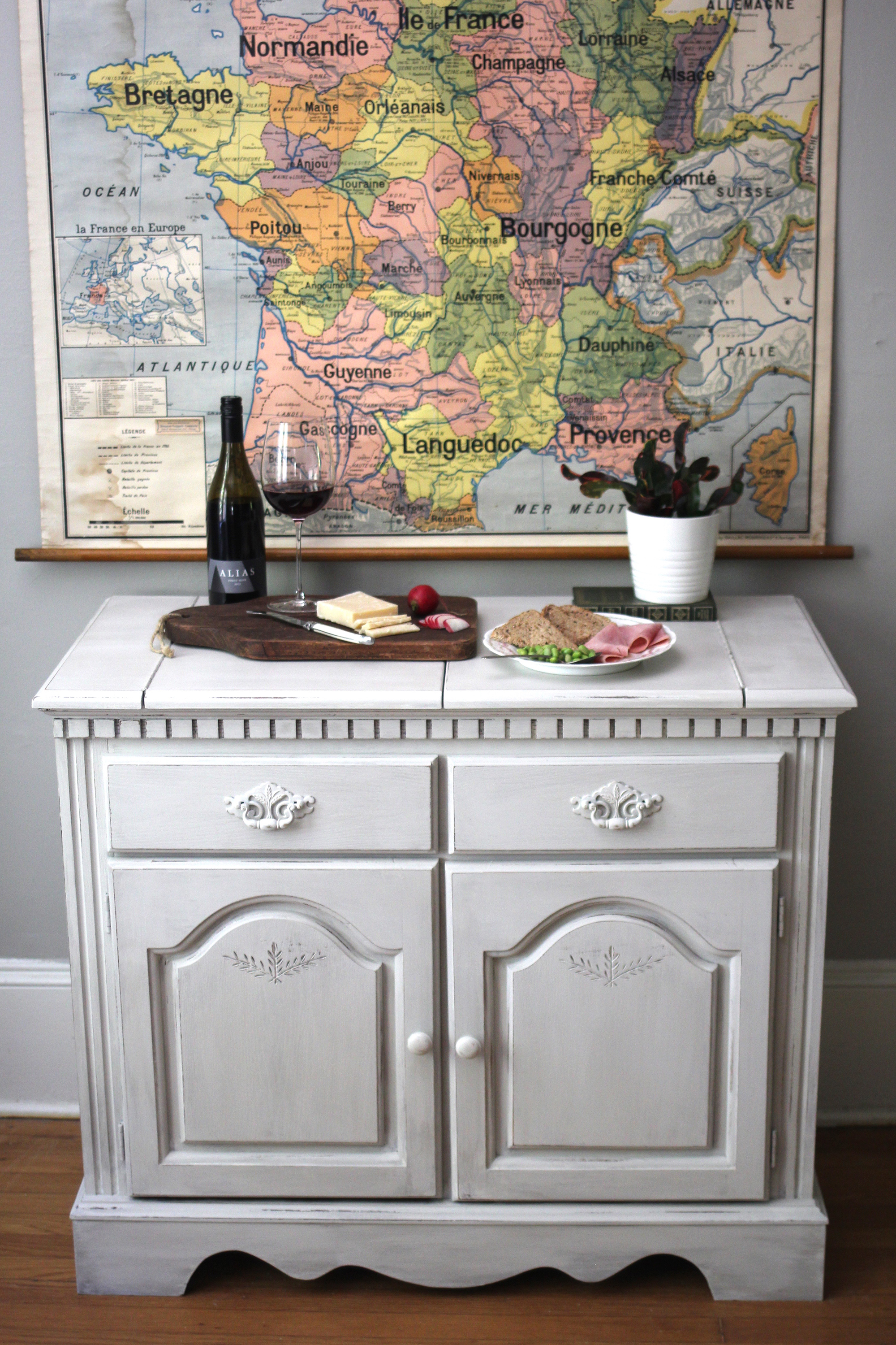 jo-torrijos-a-simpler-design-atlanta-painted-furniture-annie-sloan-chalk-paint-paris-gray-pure-white-buffet-12.jpg