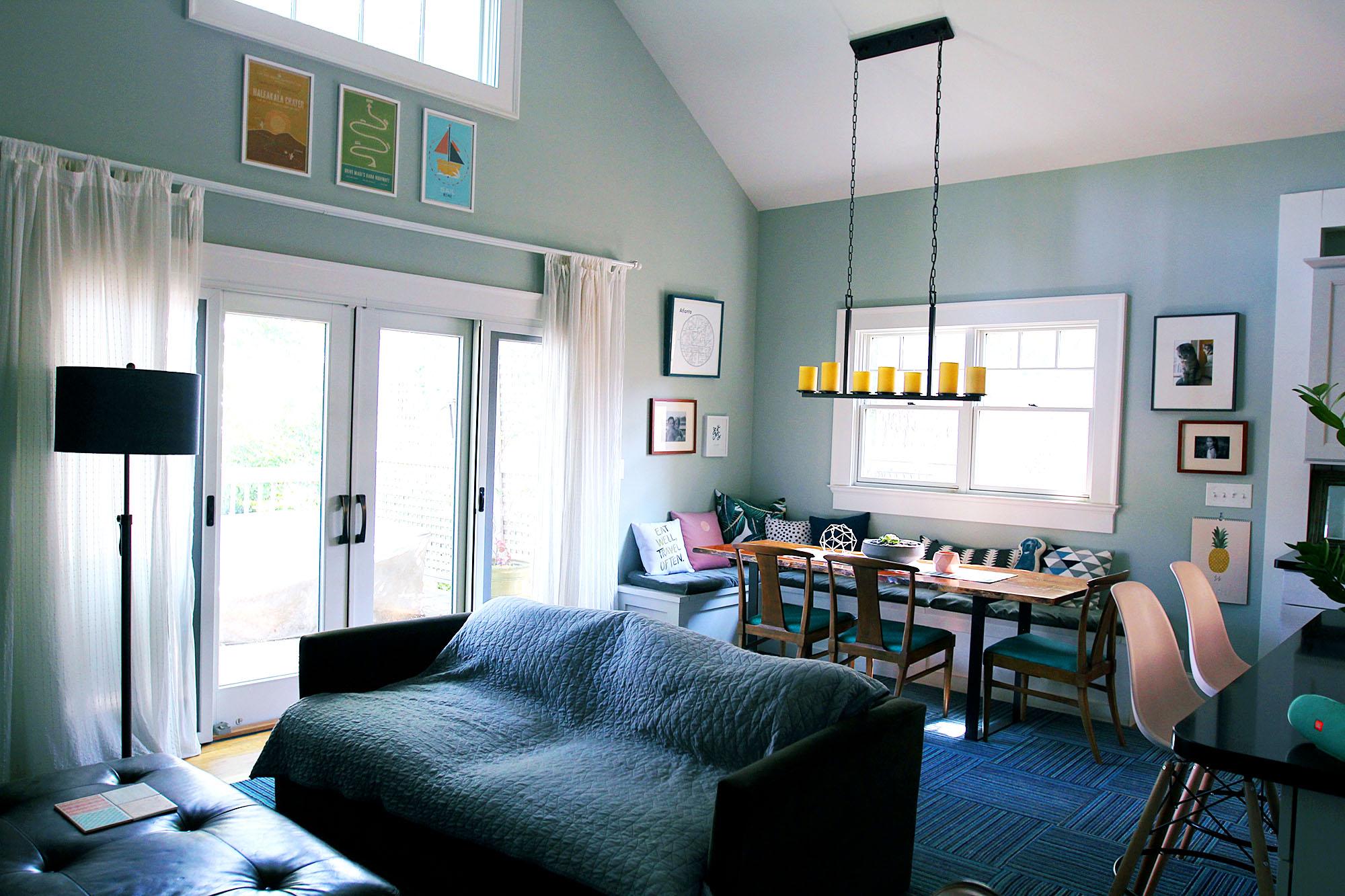 jo-torrijos-a-simpler-design-atlanta-modern-great-room-5.jpg