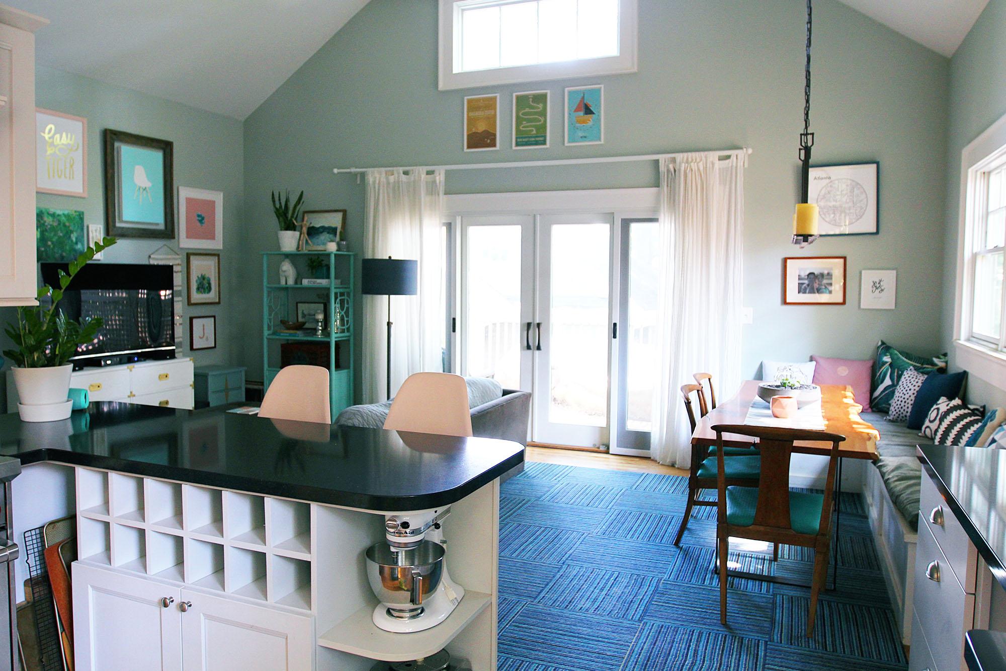 jo-torrijos-a-simpler-design-atlanta-modern-great-room-12.jpg