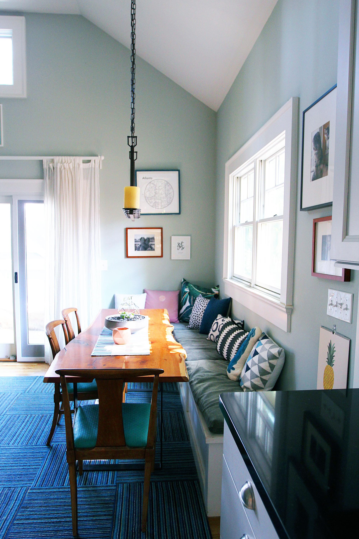 jo-torrijos-a-simpler-design-atlanta-modern-great-room-13.jpg