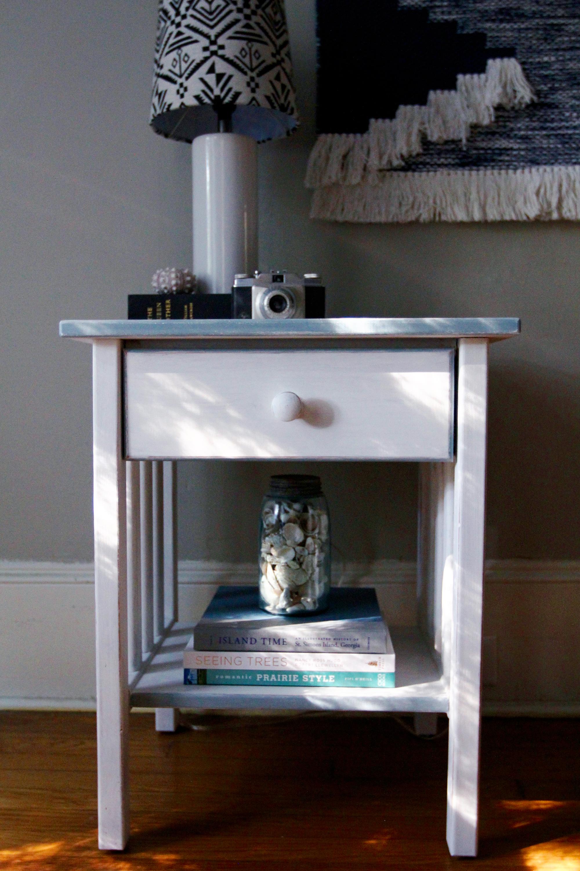 jo-torrijos-a-simpler-design-annie-sloan-pure-white-gray-trim-nightstand-atlanta-painted-furniture-6.jpg