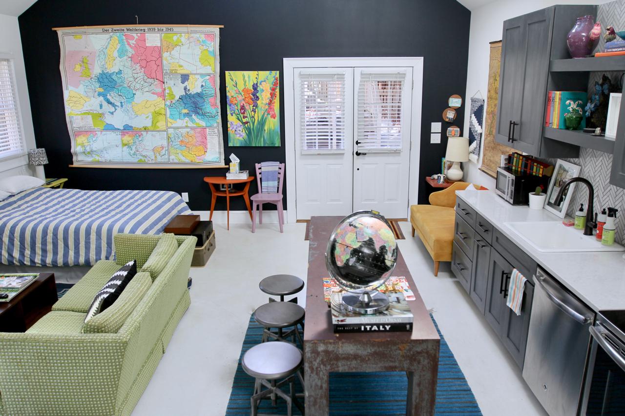 jo-torrijos-states-of-reverie-atlanta-airbnb - 11 copy.jpg