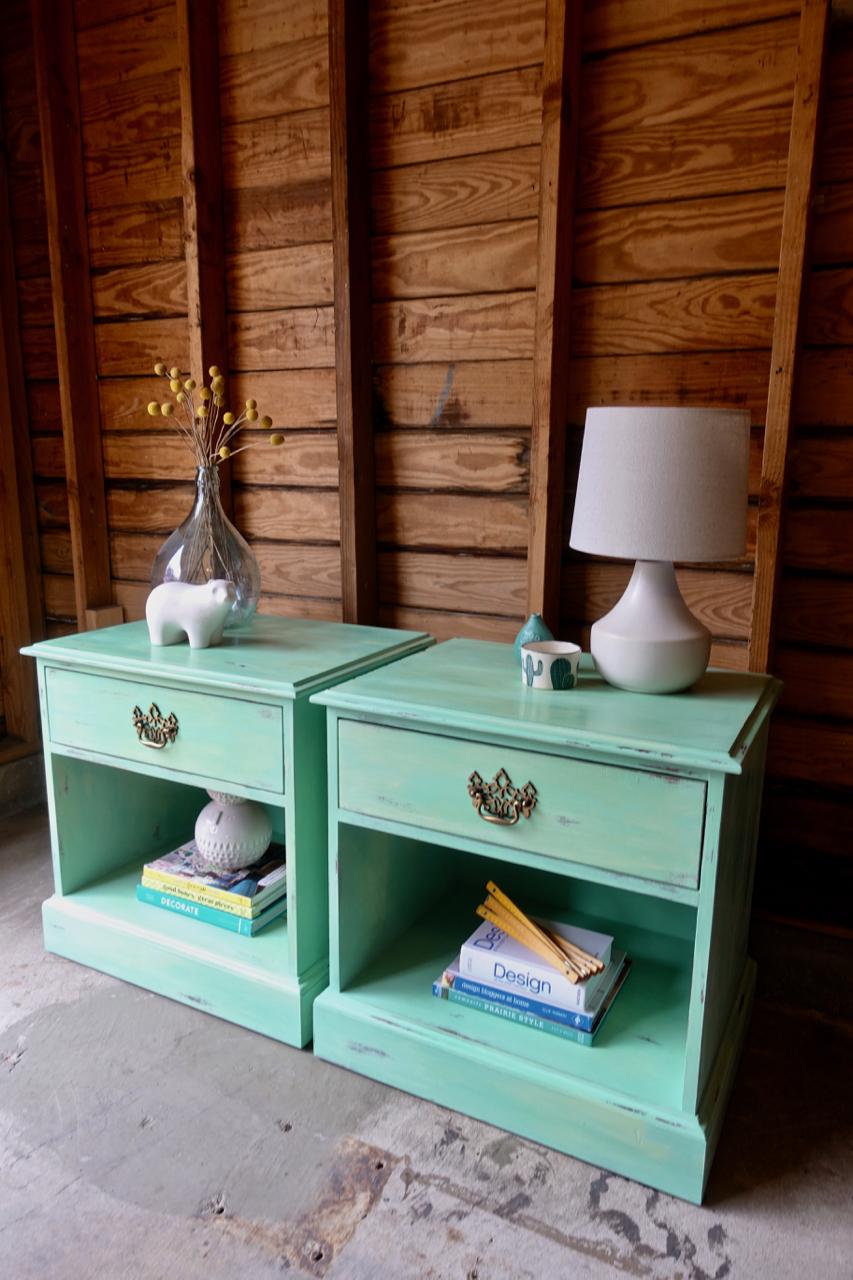 jo-torrijos-a-simpler-design-annie-sloan-lem-lem-florence-nightstands-4.jpg