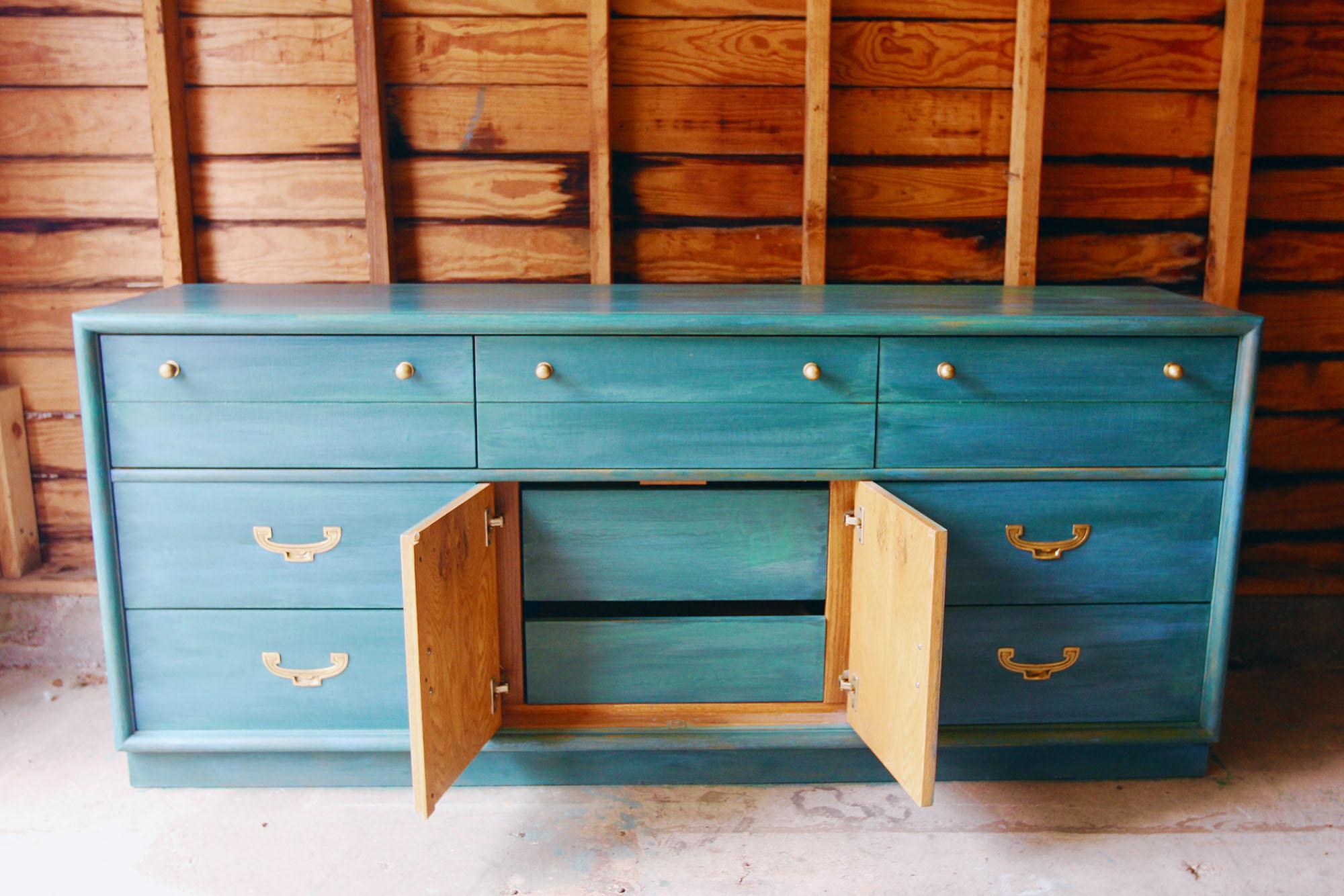 a-simpler-design-annie-sloan-turquoise-teal-water-technique-jpg3.jpg