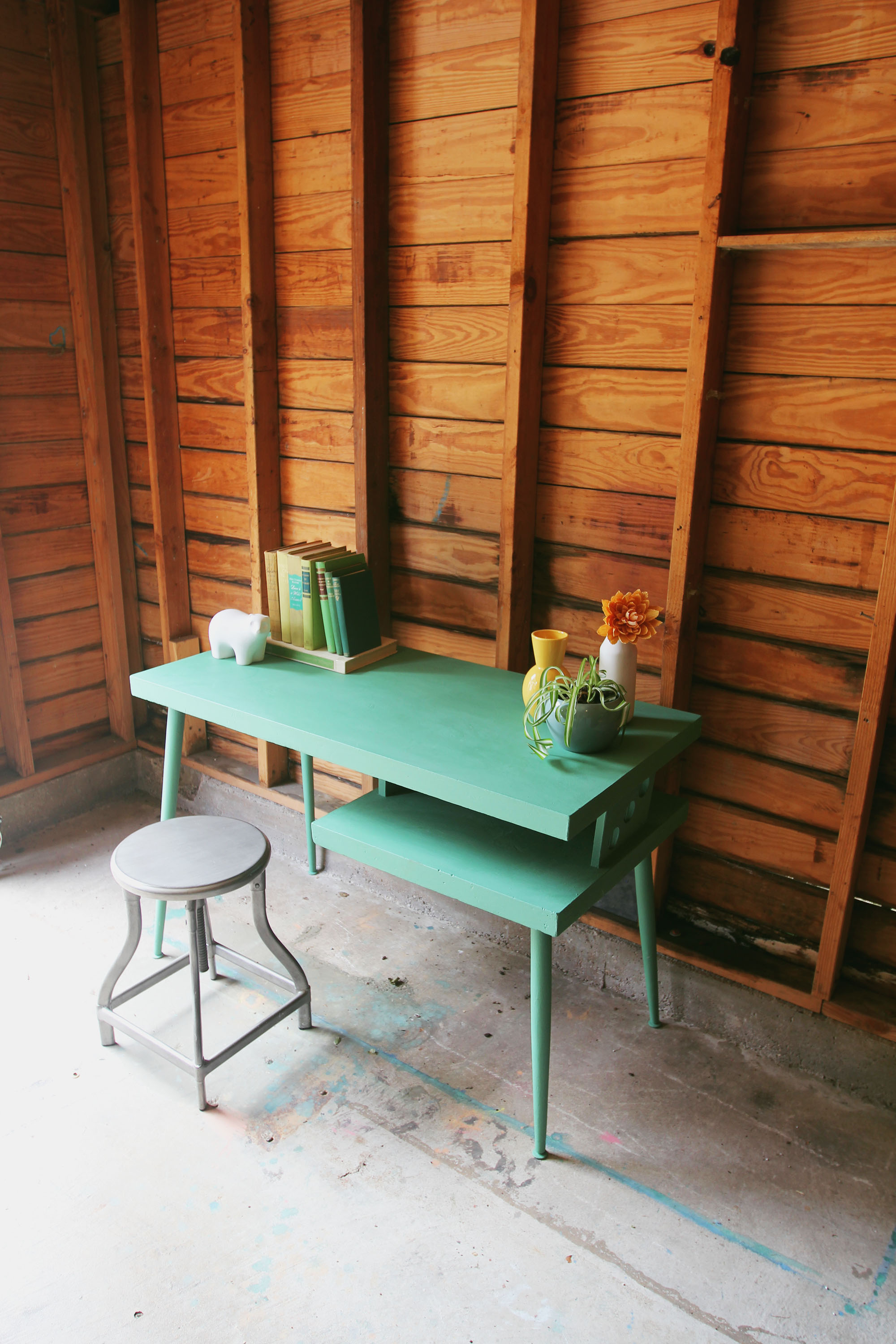 a-simpler-design-dallas-furniture-green-mid-century-desk-jpg3.jpg