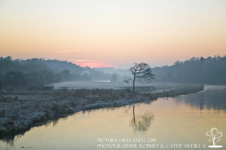W40099 - Boyne Stachallan Winter Evening